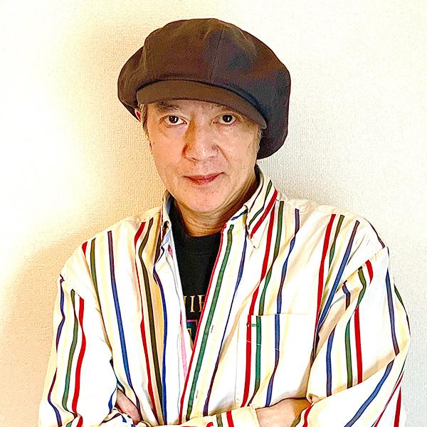 秋山信雄トレーナーの宣材写真